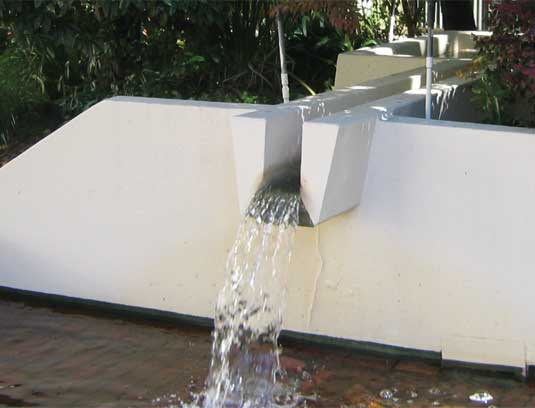 Courtyard B original water feature and spillway, designed by Lawrence Halprin's Studio, prior to demolition.