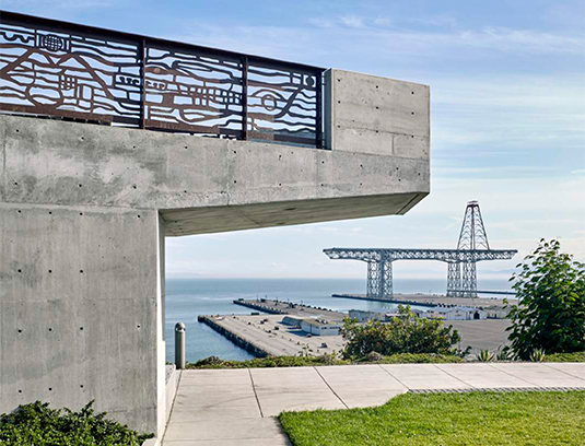 An elevated promontory, recalling the sites industrial past, creates a spectacular destination overlooking the shipyard.
